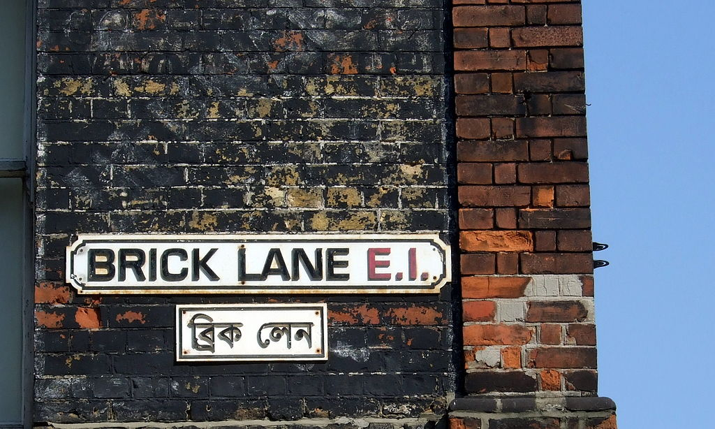 'Brick Lane street signs' di James Cridland