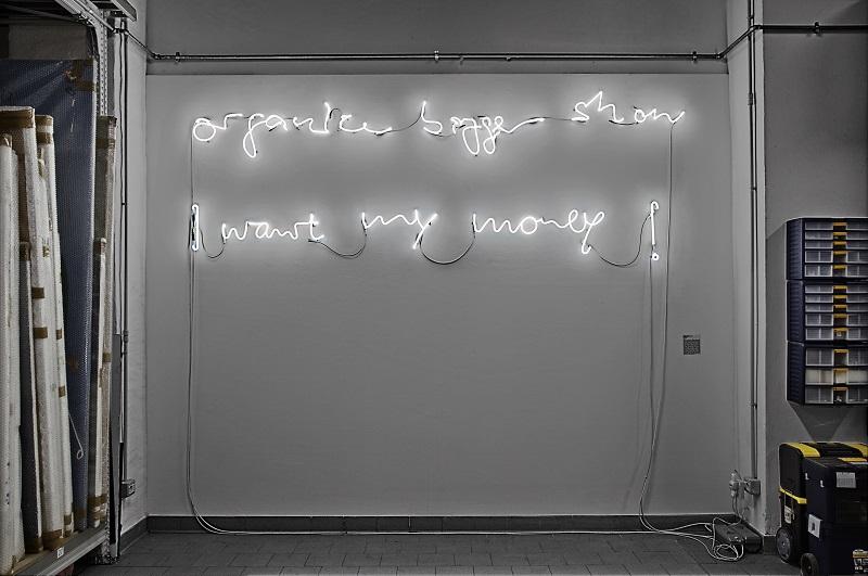 Christian Jankowski, Organize bigger show, 2015,