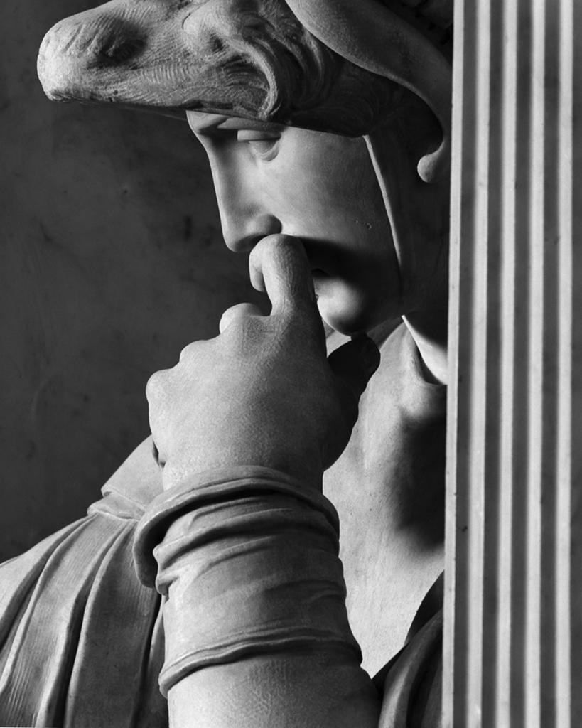 009.Michelangelo_ Cappelle Medicee_TAGLIO 80X100cm © Aurelio Amendola