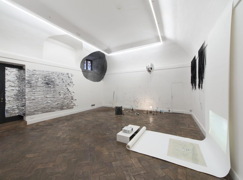 Nikolaus Gansterer | Monika Grzymala. Courtesy MLF | Marie-Laure Fleisch Roma e gli artisti